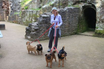 Exploring a castle with the 'family'