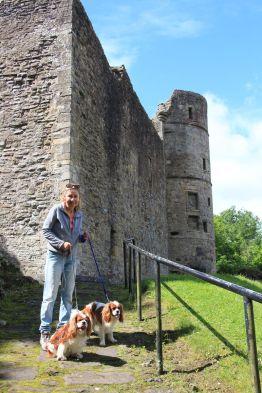 Strathaven castle ruins